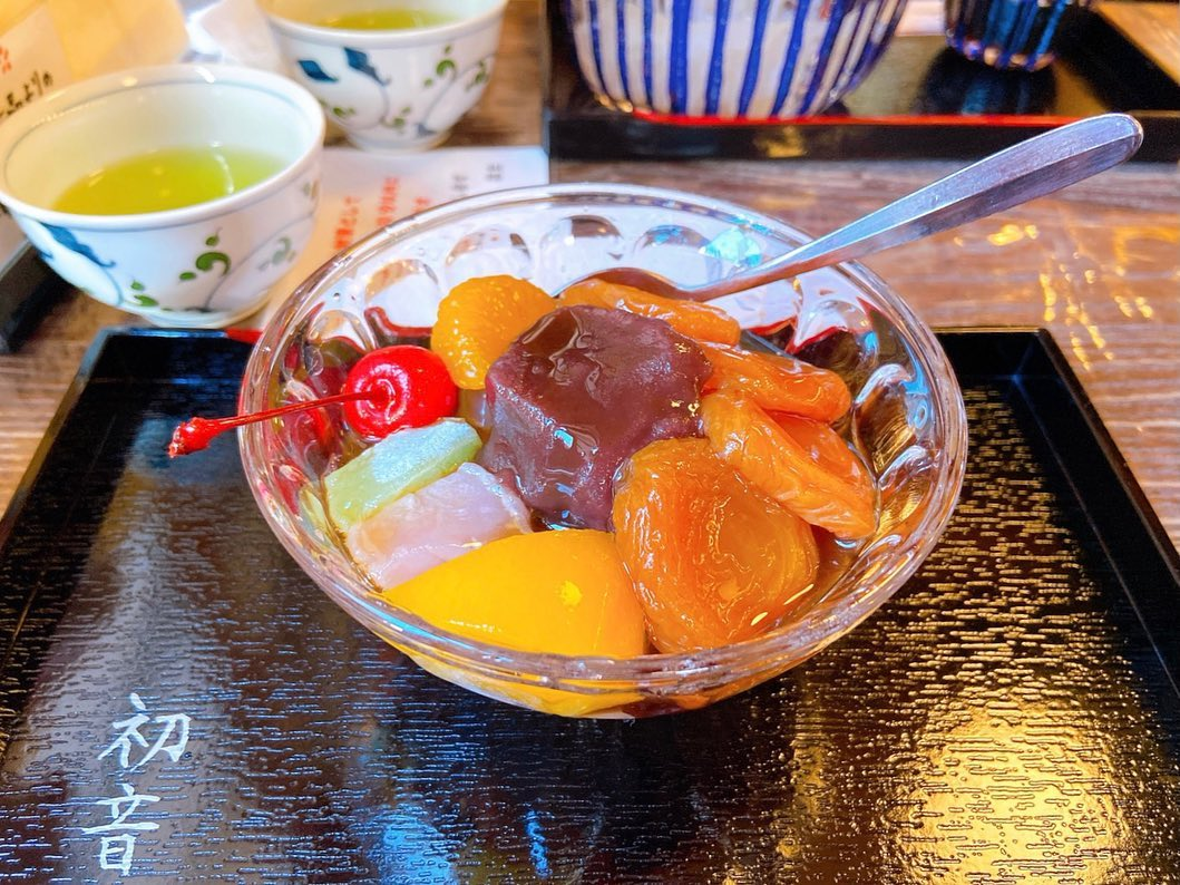 anmitsu with apricot